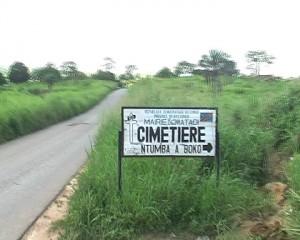 L'entrée du cimetiere de Boko dans le secteur de Lufu/Infobascongo