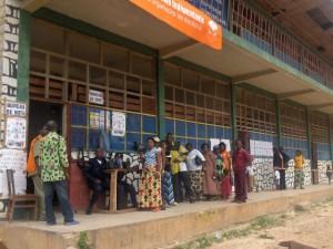 un bureau de vote lors des élections 2006/infobascongo