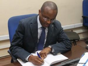 Maker Mwangu, Ministre de l'EPSP/Photo  Radio Okapi