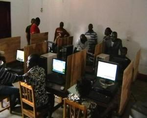 Cybercafé de la cité de Lukula/Infobascongo