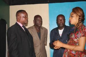 Le comité élu ( de gauche à droite D. Muaka, Elie Kumbu, Michel Bawunguka et Espérence Mbuyi