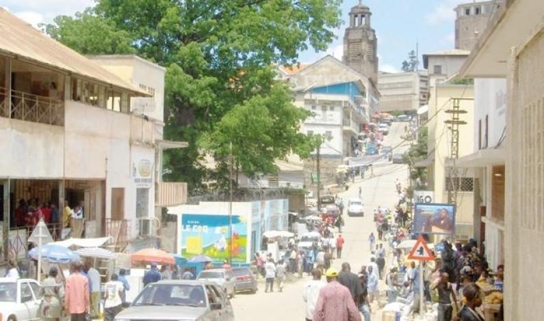 Matadi : les agents de la Société congolaise des Postes et Télécommunications empêchent les services du gouvernement de fonctionner