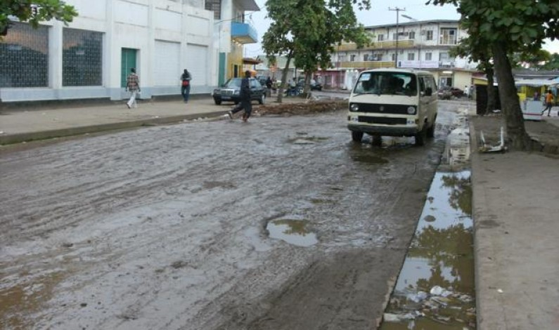 Boma:Tracassés par des policiers de circulation routière, les chauffeurs de taxi grèvent