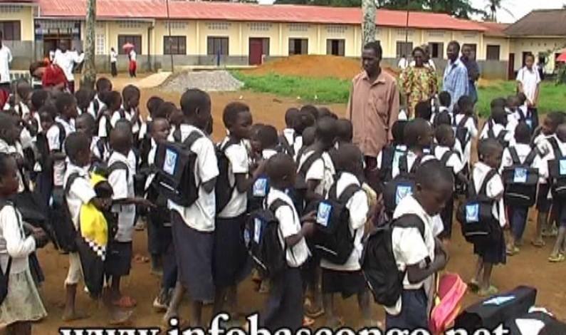 Bas-Congo : l'UNICEF lance la campagne d'inscription des enfants en 1ère année et remet des fournitures scolaires aux écoles
