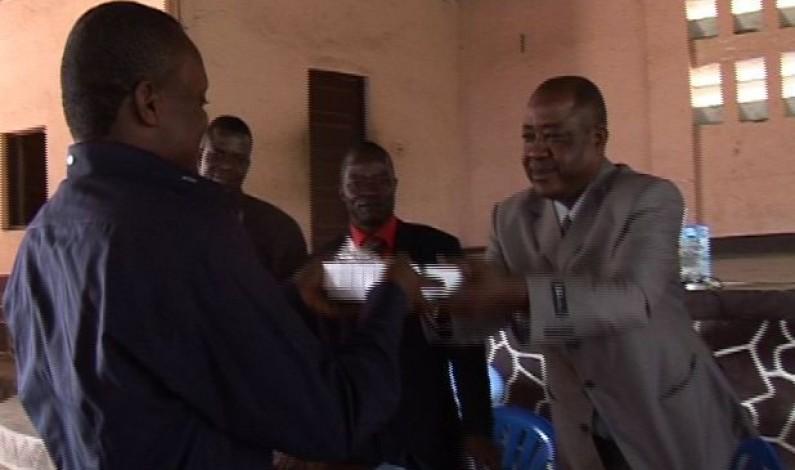 Bas-Congo : des enregistreurs pour les trois meilleures enquêtes réalisées par les radios