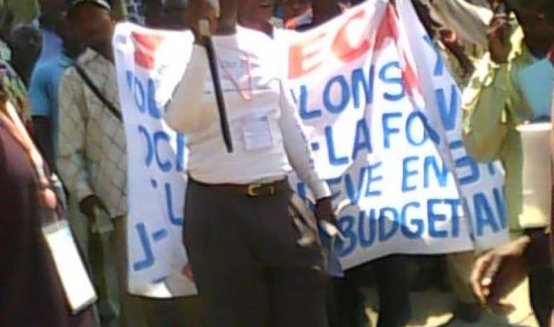 Bas-Congo : pas d'enseignants dans les salles de classe : ils sont dans la rue