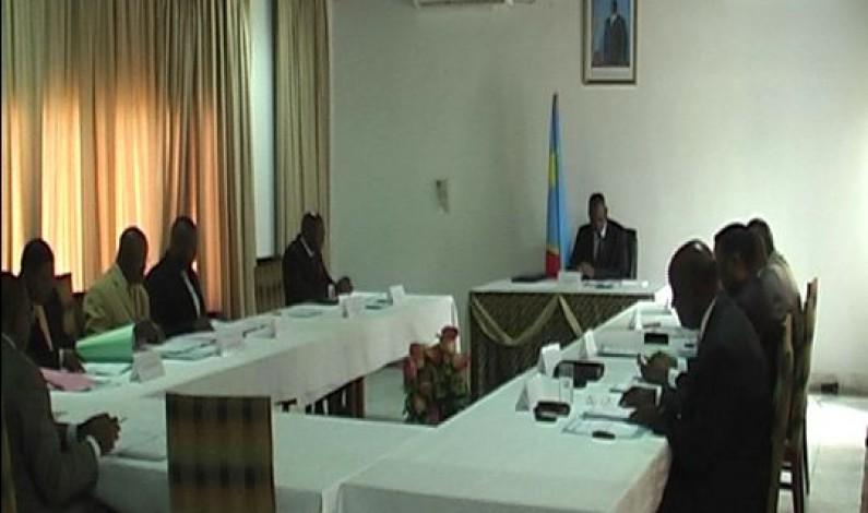 Bas-Congo:le salaire des ministres et du gouverneur intérimaire réduit