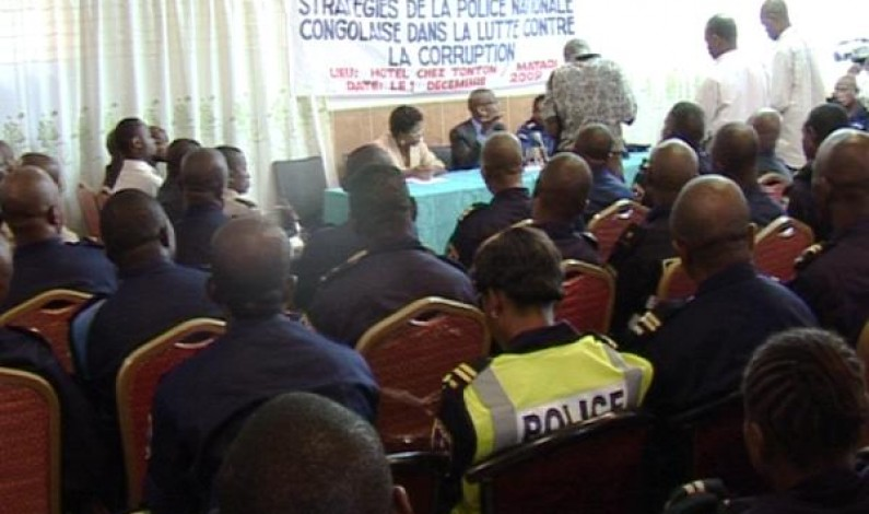Bas-Congo : dure lutte contre la corruption des policiers mal payés