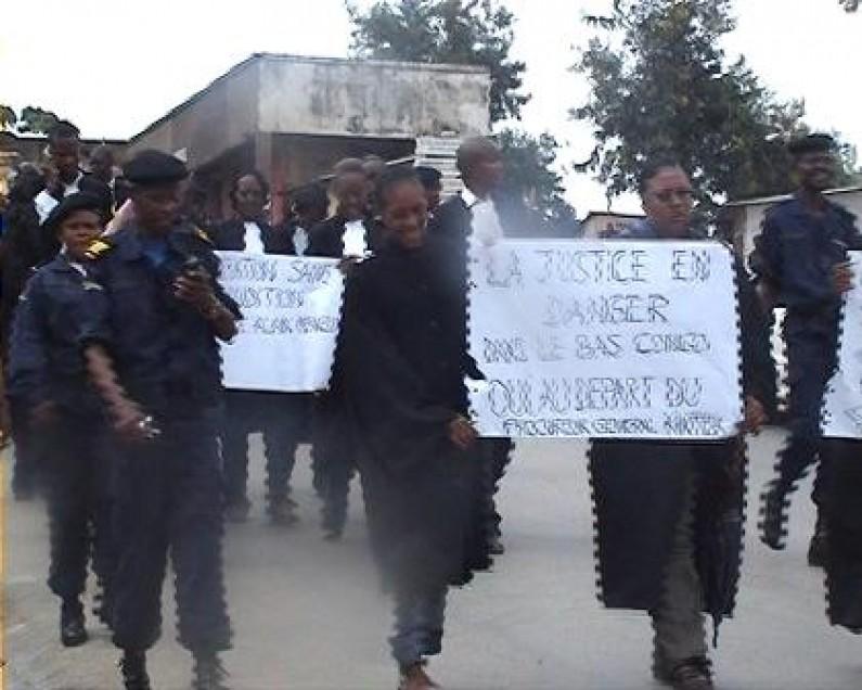 Bas-Congo : les avocats manifestent contre l'arrestation de leur confrère