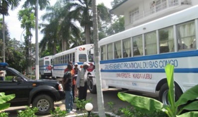 Bas-Congo : des bus pour quelques instituts et universités