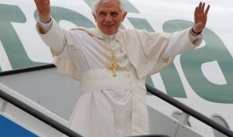 Espagne:Benoît XVI a présidé la veillée devant plus de 500