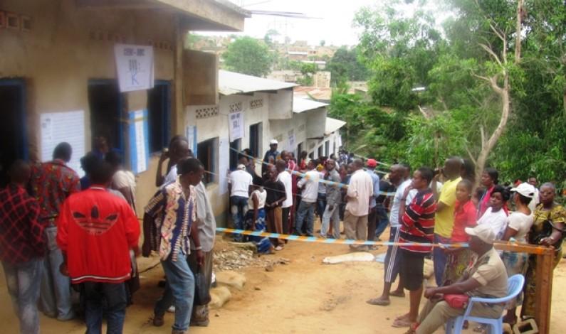Elections : des femmes se sont servies des bébés d'autrui pour vite voter