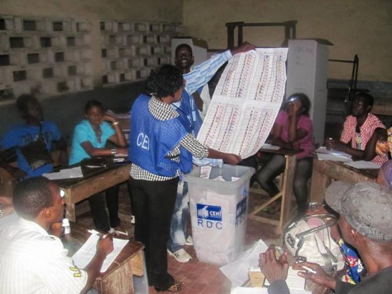 Les élus du Bas-Congo affiche complète