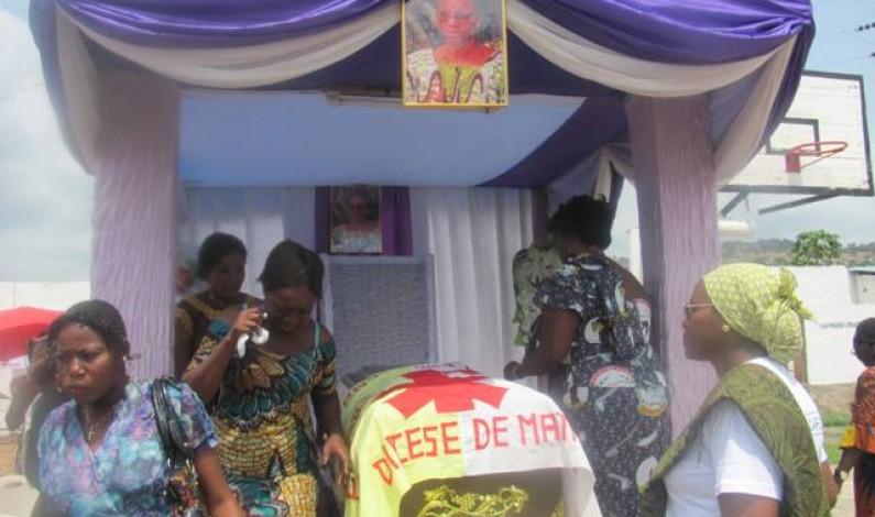 Bas-Congo : Caroline Batonda mise en terre