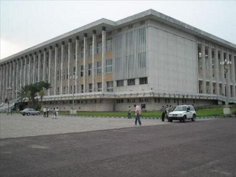 Les deux candidats du Kongo central au poste de rapporteur adjoint du bureau définitif du Sénat échouent