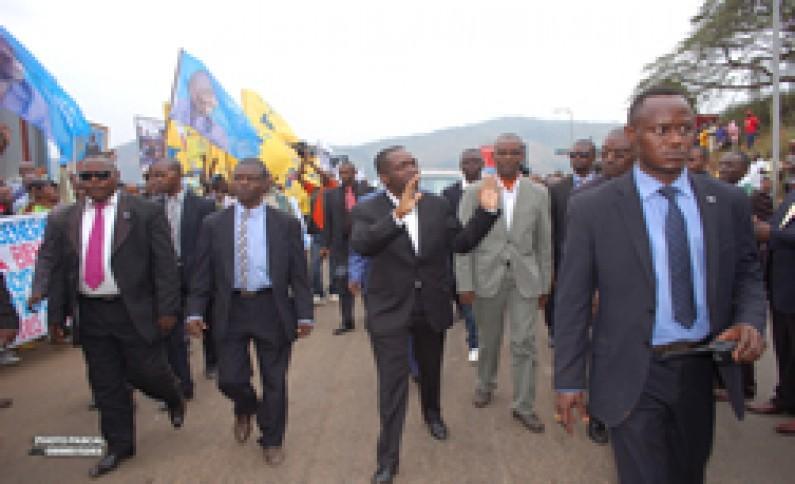 Matadi : accueil chaleureux du Premier ministre