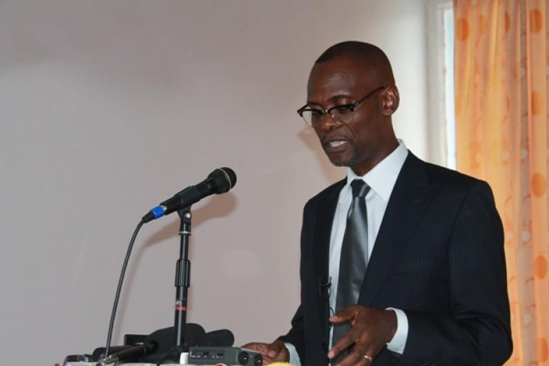 Séjour de Deo Nkusu à Matadi : administratifs suspendus, médias muselés