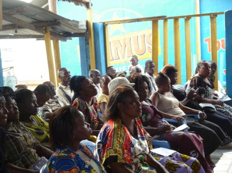 Mvuzi : les habitants favorables à collaborer avec la police pour leur sécurité