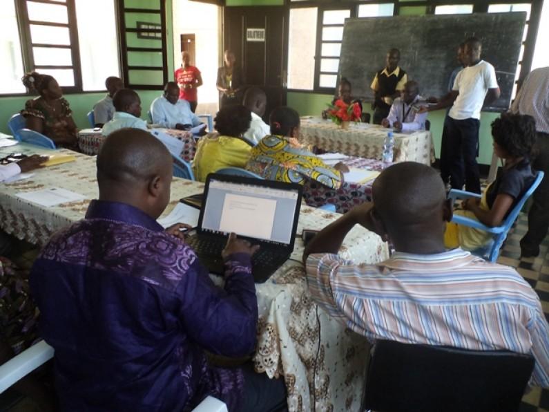 Moanda : des paysans à l'école pour défendre leurs intérêts