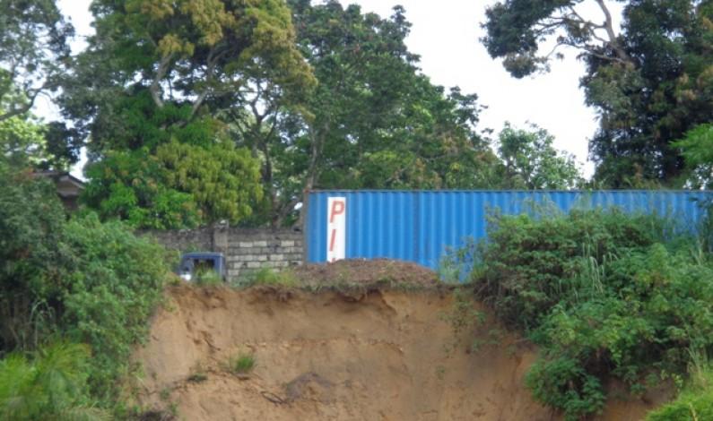 Kongo central:une érosion menace la nationale n°1 à Mbanza-Ngungu
