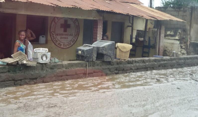 Le gouvernement provincial du Kongo Central au chevet des sinistrés de Boma