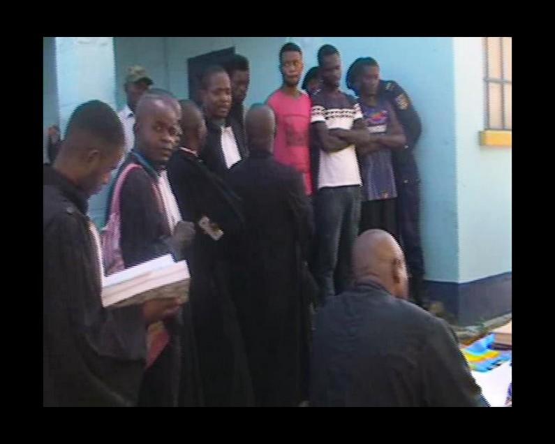 Matadi : trois jeunes condamnés respectivement à 20 ans, 9 mois et 2 mois de prison