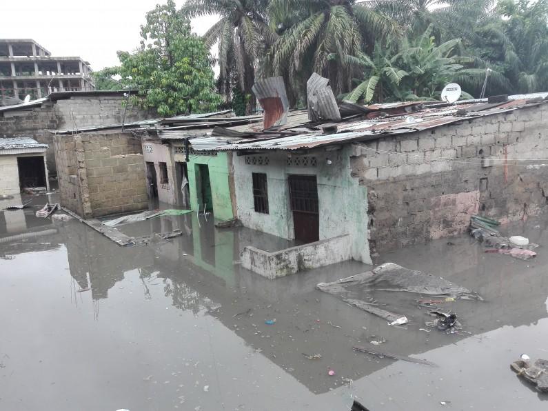 Kinshasa:les eaux de pluie inondent une maison à Bandal et tuent cinq enfants d'une même famille