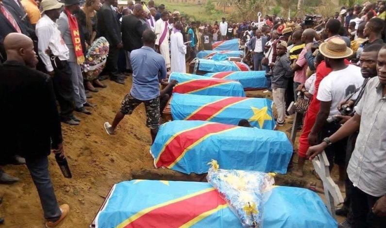 Le Kongo central inhume les victimes de Mbuba