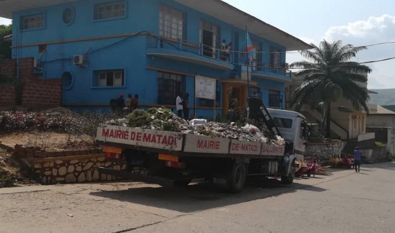 Matadi: MGT offre un important lot de matériel pour assainir la ville