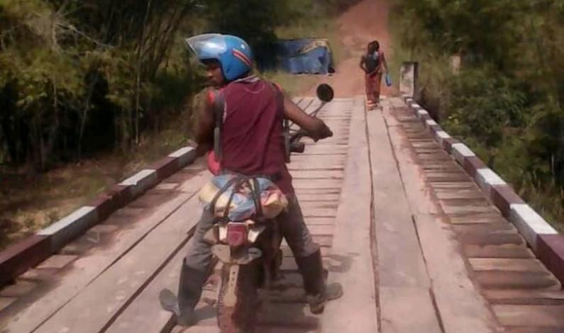 Trafic routier interrompu sur le pont Yambi à Luozi au Kongo central