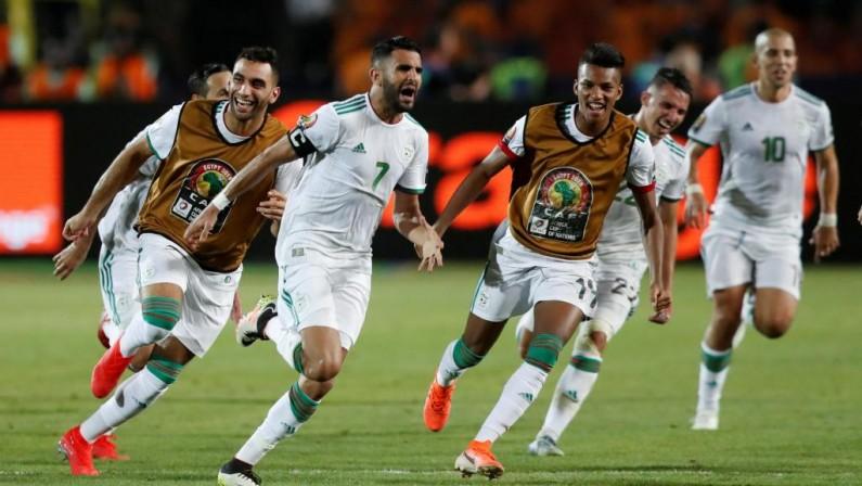 CAN 2019: l'Algerie se qualifie in extremis en finale grâce à Mahrez