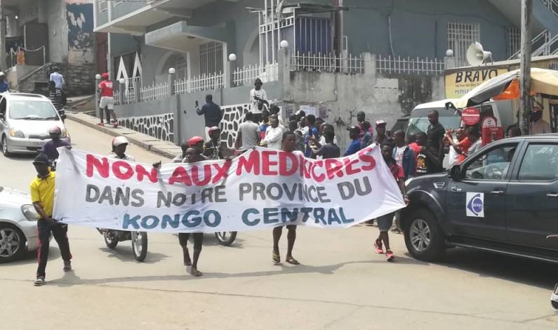 Matadi:en images la marche contre l'exécutif provincial