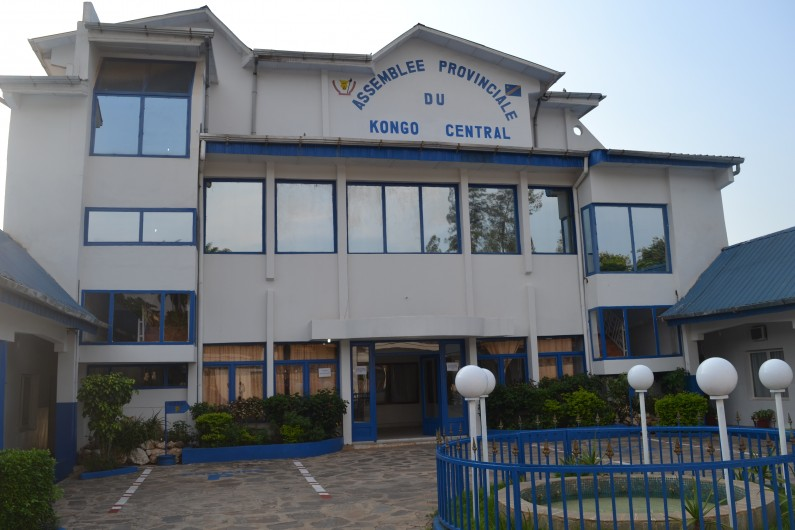 Kongo central: trois membres du bureau de l'Assemblée provinciale veulent la déchéance du président et vice-président