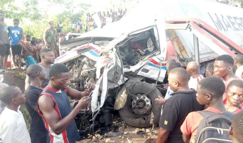 Cinq morts dans un accident de la route à Mbanza-Ngungu