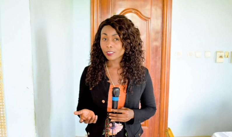 RDC: Liliane Kwengo Seke de la RT Boma au Kongo central remporte le 2ème »prix Jeune femme journaliste»