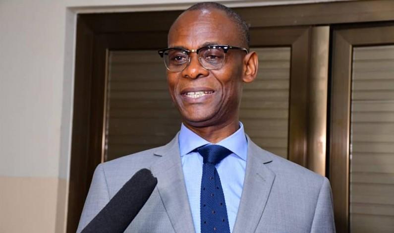 RDC: le ministre des Relations avec le Parlement a déposé le projet de loi de finances rectificative exercice 2020 à l'Assemblée nationale