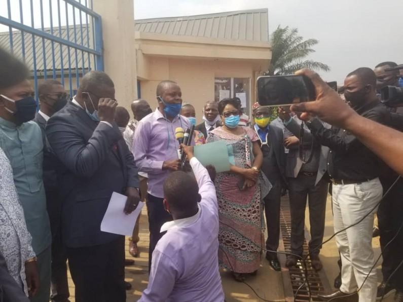 Kongo central: des députés pro-gouverneur interdits d'accès à l'Assemblée provinciale disent retirer leur confiance à leur président