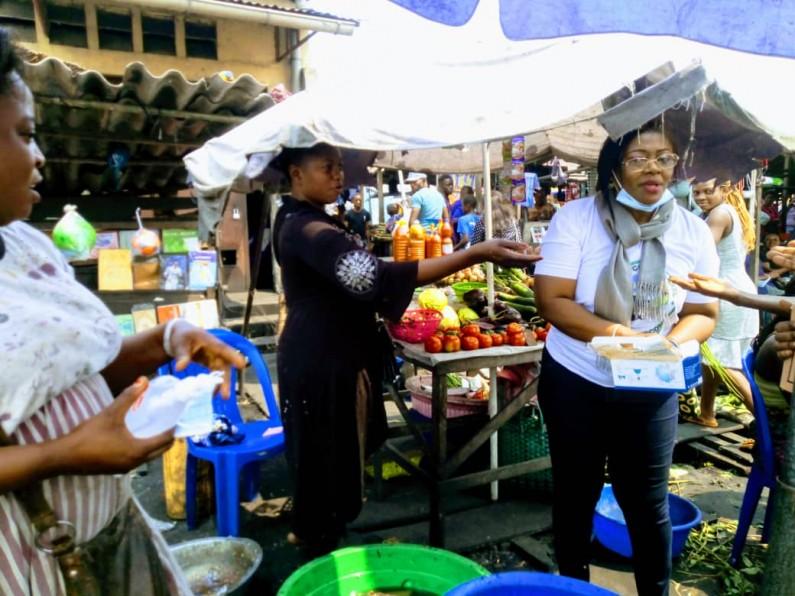 Covid-19: Chantal Via et l'ONG Congolabel lancent l'opération distribution des masques et gel hydroalcoolique