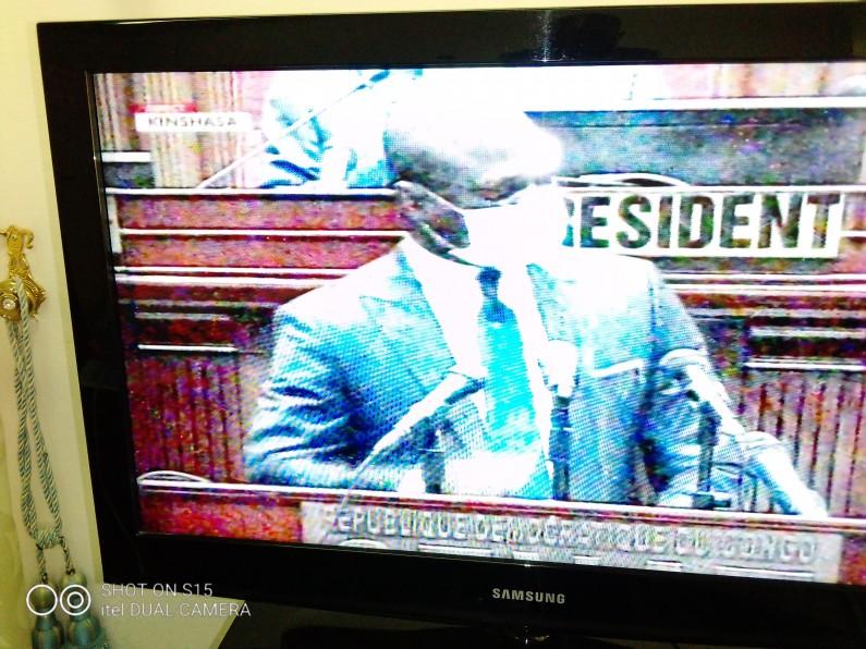 Covid-19: le ministre Willy Bakonga envisage la reprise des cours en RDC