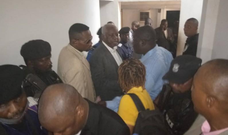 Des insultes à l'Assemblée provinciale du Kongo central