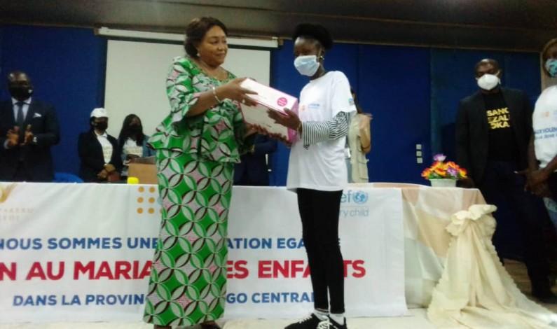 L'histoire émouvante de Keliane Bonzele, une adolescente contée à Denise Nyakeru, la Première dame,à Boma