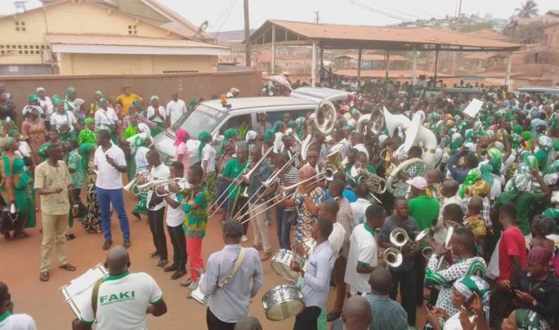Matadi: des adieux en fanfare pour Me Salomon Nzuzi et deux de ses coreligionnaires Kimbanguistes morts par accident, à Nduizi