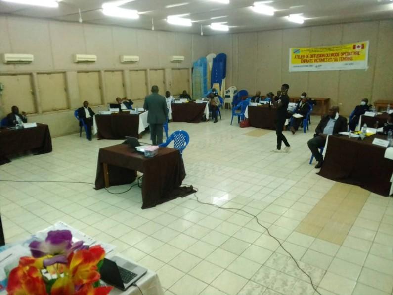 Boma : Des acteurs judicaires et travailleurs sociaux apprennent pour mieux accompagner les victimes et ou les témoins devant la justice