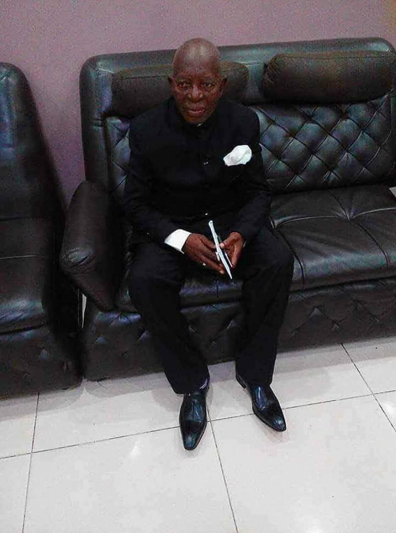 Kongo central: le chef de division de la communication et médias François Mukiadi tire sa révérence