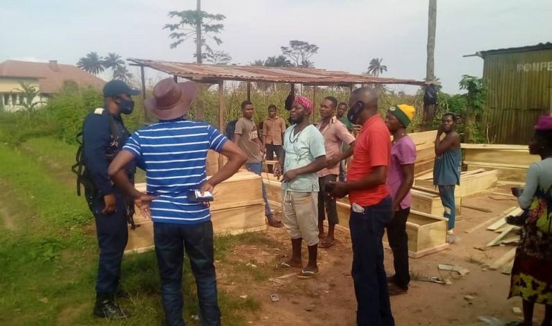 A Mbanza-Ngungu, enterrement des corps des prisonniers et indigents dimanche 6 décembre