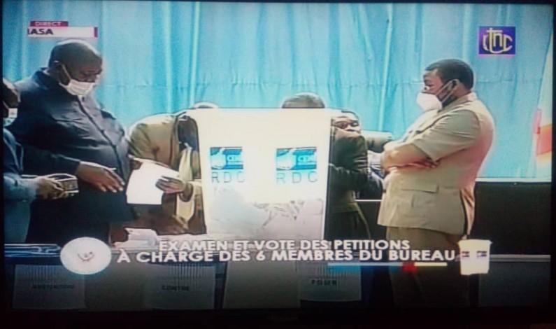 En RDC, déchéance de la présidente  de l'Assemblée nationale Jeannine Mabunda