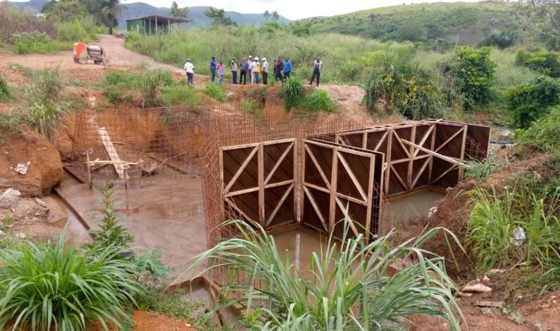 L'exécution des travaux des infrastructures poste récolte et hydro agricoles avec l'appui de Papakin sur don du FIDA nécessite un planning