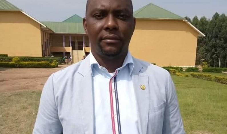 Pharmacien Glory Panzu : '' Le pharmacien Etienne-Flaubert Batangu mérite la reconnaissance officielle et publique de l'Etat congolais ''