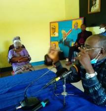 Retour de Simon Mbatshi à l'université Joseph Kasa Vubu de Boma qu'il a construit pour animer  une conférence sur Joseph Kasa Vubu