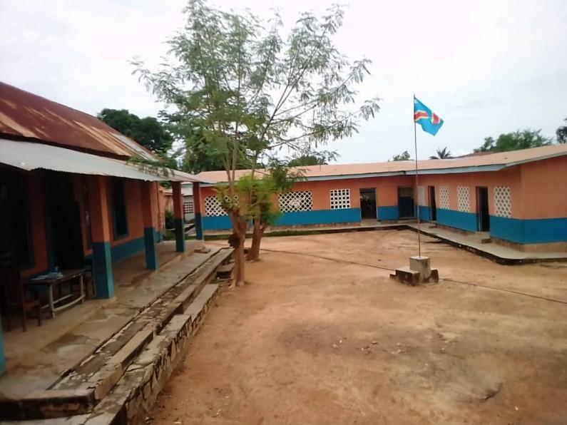 Arrêt des cours dans les écoles publiques de Boma